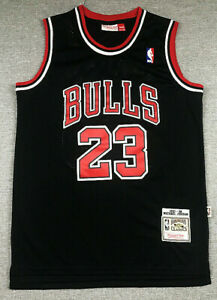 Michael Jordan 23# Chicago Bulls 1997-98 Classics Swingman Men's Jersey Black