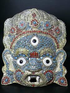 (cV487a) Tibet :  Old Buddhist Mahakala mask. Gemstones Coral & Turquoise.
