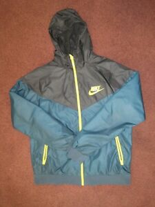 NWOT Nike 100% Authentic Windrunner Track Jacket - Black/Green/Gold Color Size L