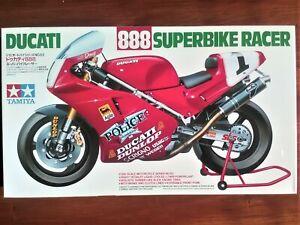 1/12 Tamiya Ducati 888 (1992 World Superbike champion D.Polen)