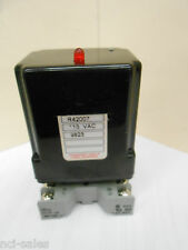 SKAN-A-MATIC R42007 MODULATING AMPLIFIER RELAY ON IDEC SR3P-06 BASE
