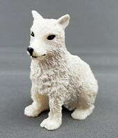 White Wolf Christmas Nativity Animal Figurine Carved Resin WMG 2006