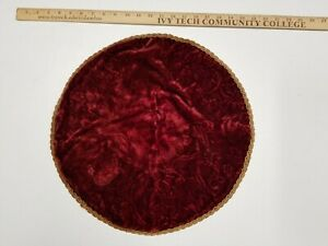 VTG CHRISTMAS VICTORIAN SMALL CERAMIC TREE SKIRT BURGANDY GOLD ROUND TABLE COVER