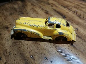 1935 Yellow Manoil Coupe NO. 707 Diecast Car Made In USA