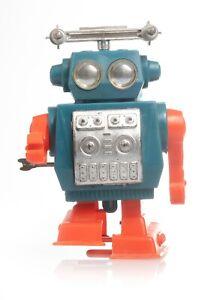 Vintage Radar-Hunter Wind-Up Robot Hong Kong
