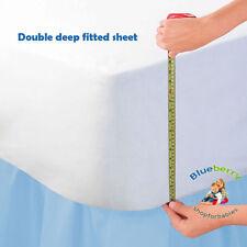 Draps-housses blanches en jersey pour le lit