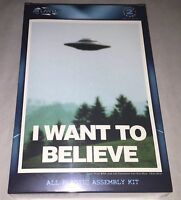 Atlantis I Want To Believe UFO plastic model kit new 1008