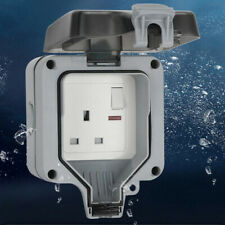 PremierAdapter Weatherproof Outdoor Switched Power Socket IP66 13A with LED Kj