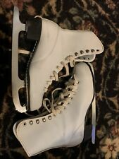Ladies Figure Skates Size 6