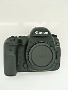 Canon EOS 5D Mark IV 30.4MP Digital SLR Camera - (Body Only) + Kirk L Plate