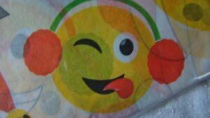 Hallmark Christmas Holiday Emoji Tissue Paper Wrap Emoticon 8 Sheets NEW Sealed
