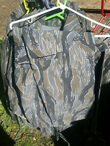 Ideal Standing Timber Gray Tiger stripe Hunting Jacket Coat Size XL. NWOT