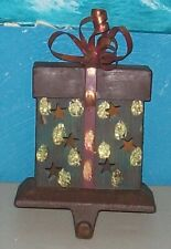METAL CHRISTMAS PRESENT / GIFT STOCKING HOLDER - Bronze, Green, Gold, Red