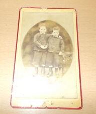 PHOTO CDV DES FRERES OU FRERES JUMEAUX A CHEF BOUTONNE DEUX SEVRES 1870/1880