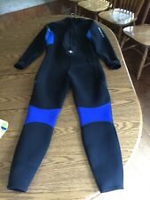 New listing US Divers Wetsuit Size XXl