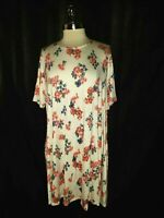 NEW AGNES & DORA Swing Size XXL 2XL Tunic Top White Blue Red Floral Short Sleeve
