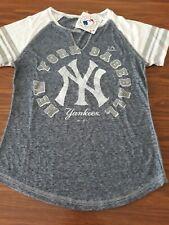 Majestic Fan Fashion New York Yankees V-neck Women's T-Shirt XXL