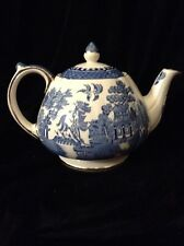 Vintage SADLER Blue Willow 5 cup Teapot, Extra Fine!