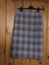 Ladies mixed wool checked skirt