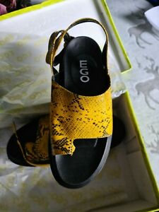 Snake Print Chunky Platform Sandals Sz 5 Brand New