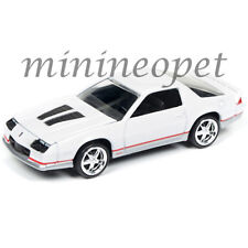 AUTOWORLD AW64041 1984 CHEVROLET CAMARO Z28 1/64 DIECAST VERSION A WHITE