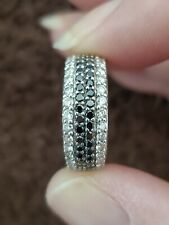 Solid 14kt White Gold. 4.3g/.75tcw/Size 5.75 Fancy Black and White Diamond Ring.