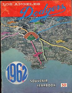 1965 MLB Baseball Los Angeles Dodgers Yearbook VG