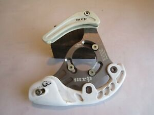 A VGC White-Finish MRP G3 ISCG DH Chain Guide & Bash Guard