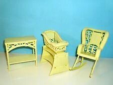 %***Barbie Möbel,Vintage von 1979,Schaukelstuhl,Wiege,Tisch***%