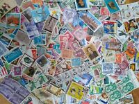 WORLD STAMPS....WORLD KILOWARE OFF PAPER 1000+ STAMPS