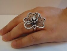 925 STERLING SILVER RING TWO TONE WAVY FLOWER DESIGN W/ ACCENTS/ SZ 5,6,7,8,9