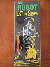 """Polar Lights """"The Robot from Lost In Space"""" Plastic Model Kit (Vintage Kit)"""