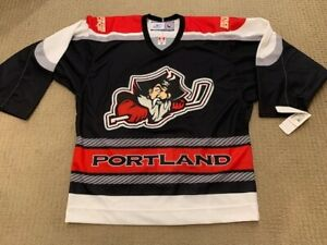 Authentic NWT PORTLAND PIRATES AHL Reebok MiC Hockey Jersey Sz 48 w/ straps