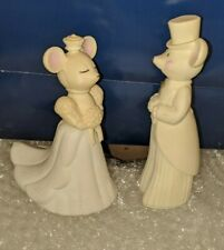 Vintage Avon 1971 Church Mouse Bride and Groom Cologne Delicate Daisy Decanters