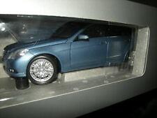 1:18 Minichamps Mercedes-Benz Classe E s212 T-Modèle INDIGOLITH Nº b66962449