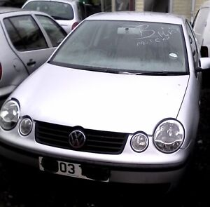 VW POLO 9N:1.4 petrol : BREAKING FOR ALL PARTS: COLOUR CODE LA7W