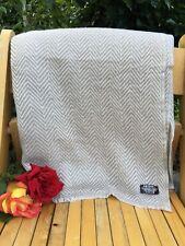 Pure 100% Cashmere Blankets  Nepalese Handmade light brown white herringbone