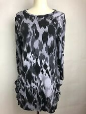 LOGO by Lori Goldstein Abstract Print Knit Top with Hi-Low Hem pockets Size XS k