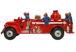 VERY RARE ARCADE VINT ENML PNTD CAST IRON FIRE ENGINE W/FIREMEN, BALLOON TIRES