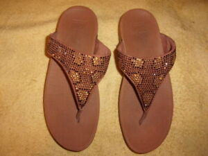 FitFlop SANDALS WOMEN'S SIZE: 8