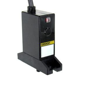 Omron E8CB-CN0C2B-6P Pressure Sensor, 12-24V DC, New