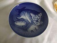 VTG Bing&Grondahl Denmark B&G Cats, Mother Day Plate 1971, Blue,White Pre Owned