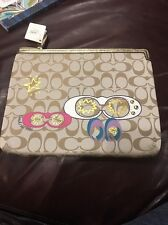 NWT $88 COACH F61020 SIGNATURE UNIVERSAL TABLET SLEEVE CASE MAKEUP PURSE