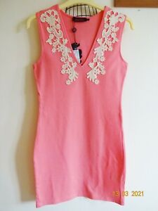 STUNNING MOTEL ROCKS SHELL PINK BODYCON DRESS,LACE TRIMMED V-NECK,SZ M,SZ 12,NEW