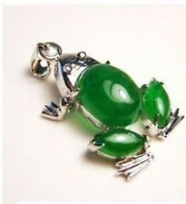 Beautiful green jade frog necklace pendant+Free Chain