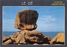 BG35314 le de conte de granit rose tregastel  france