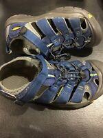 Keen Newport H2 Sandals Hiking Waterproof Sandals Blue Size 5