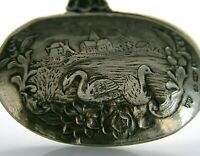 BEAUTIFIL STERLING SILVER BOAT & SWANS TEA CADDY SPOON LONDON IMPORT 1926