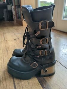New Rock Boots (size 4/37)