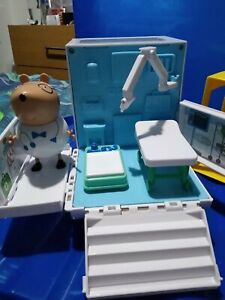 Peppa Pig ambulance hospital playset, cabinet, bed, table, doctor bear, figs